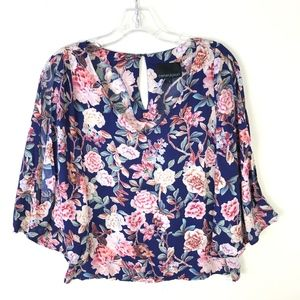 Cynthia Rowley VNeck Split Flare Sleeve Top #1750